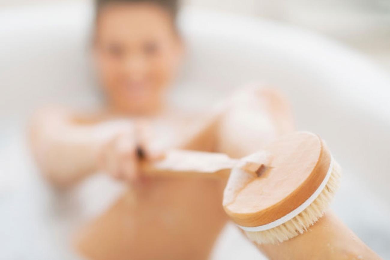 Skin brushing for Detox